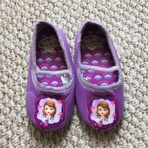 Sofía the First toddler slippers